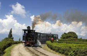 Places in India To Travel on a Low Budget-Darjeeling