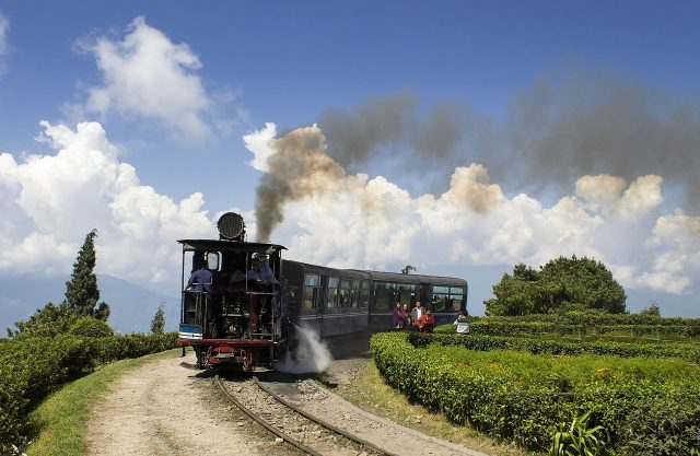 Travel India on a Low Budget - Darjeeling